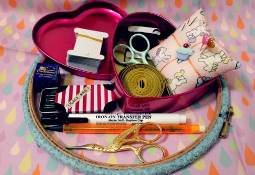 my sewing kit - cherryandcinnamon