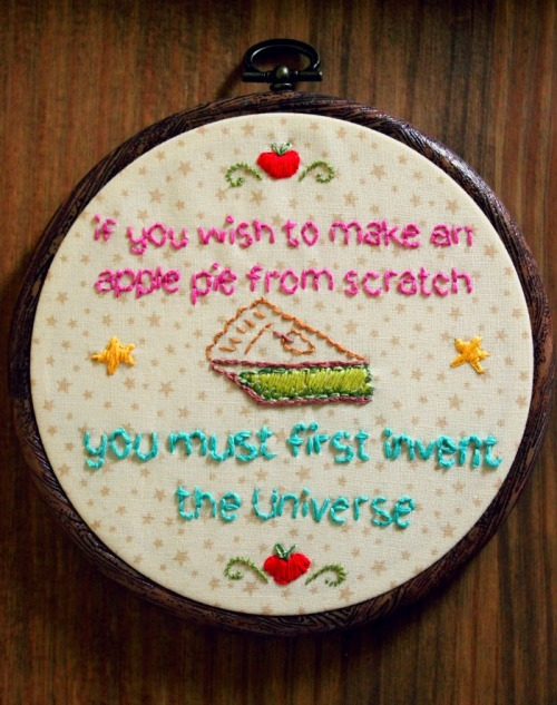 Carl Sagan embroidery- free pattern