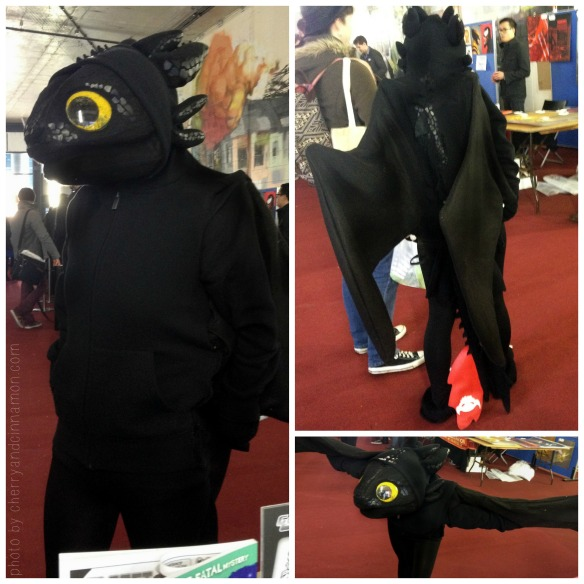 Toothless the Dragon cosplayer at Thought Bubble 2013_